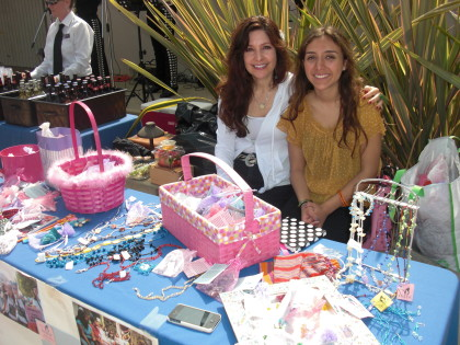 MuJER JEWELRY SALE WITH FOUNDER OF HOMEBOY INDUSTRIES